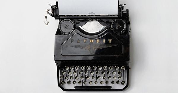 typewriter-trade-show-booth
